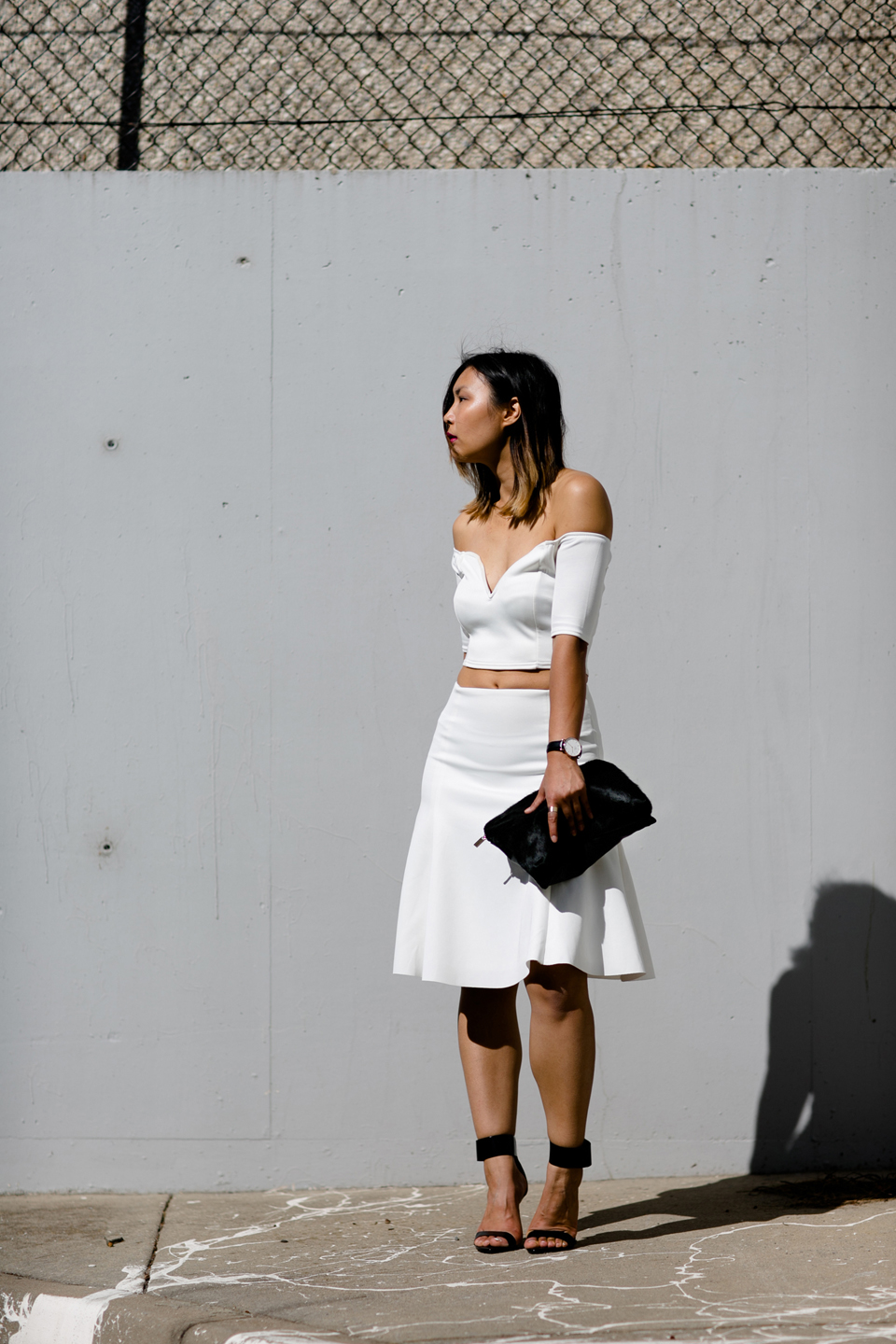 ps11-off-shoulder-deep-v-white-streetstyle-3