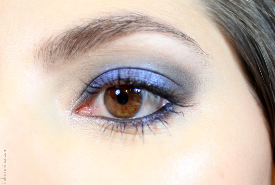 Tutorial-de-maquillaje-smoky-azul-labios-nude-karenina-lukoski-1